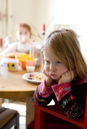 yeme bozukluğu Çocuklarda Yeme Bozukluğu